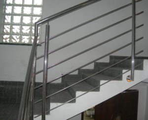 balustrada ze stali nierdzewnej