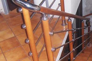 balustrada kombinowana stal nierdzewna - drewno