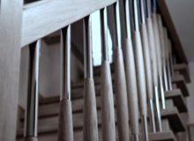 balustrada z drewnem